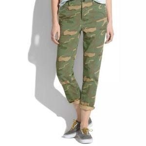 Madewell Cropped Rivington Trousers in Camo